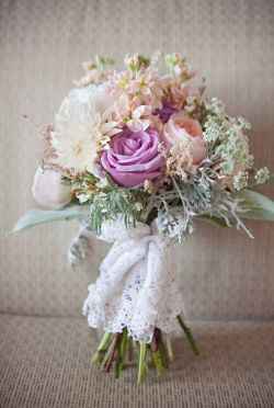02.1_LACE BOUQUET