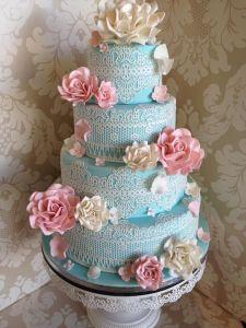 13.7_LACE CAKE